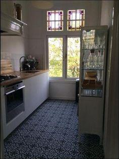 Foto: Cementtegels in de keuken. Collectie FLOORZ. Geplaatst door InfoFloorz op Welke.nl
