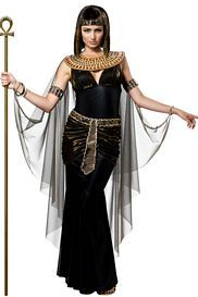 Cleopatra Costume – Sassy Cleopatra Costumes for women to transform you in to Egyptian Goddess. Beautiful & original Cleopatra Costumes for girls & women. Egyptian Goddess Costume, Cleopatra Dress, Cleopatra Halloween, Queen Cleopatra, Nefertiti Costume, Cleopatra Makeup, Queen Nefertiti, Costume Noir, Adult Costumes