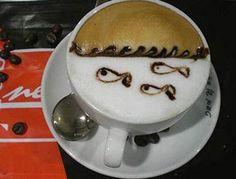 Swimming Fishes Coffee Art Design // Creative 3D Coffee Latte Art Pictures, Images & Designs