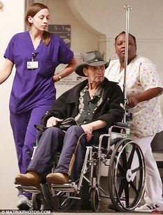 Patrick Swayze Funeral | Patrick Swayze confined to a wheelchair as he leaves hospital after ...
