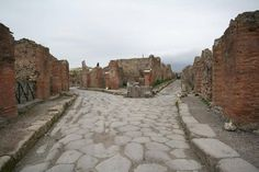 The Roman vacation town of Pompeii was entombed in ash after the eruption of Mt. Vesuvius in 79 CE. So what's the mystery? Because Pompeii was perfectly preserved in the exact configuration it had in 79 CE, there are hundreds of historical details that are utterly alien to contemporary eyes including decorative penis statues, weird graffiti, inexplicable art, & living arrangements that are unlike anything you'd see in a modern city. Mysteries of everyday life are greater than how it…