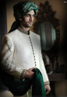 Kazim - I like that the sherwani is relatively simple but nice; the turban could potentially match Nida's outfit? Mens Sherwani, Wedding Sherwani, Pakistani Bridal, Sherwani Groom, Indian Groom Wear, Indian Attire, Indian Outfits, Male Outfits, Vestidos