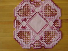 Lacy Hardanger Hearts di BrokenAchers su Etsy https://www.etsy.com/it/listing/167583085/lacy-hardanger-hearts