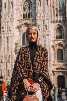 Fendi poncho made of a wool and silk jacquard woven with the macro FF pattern in tones of brown and black. Fashion 2020, High Fashion, Luxury Fashion, Womens Fashion, Fashion Fashion, Modest Fashion, Fashion Outfits, Poncho, Fall Wardrobe