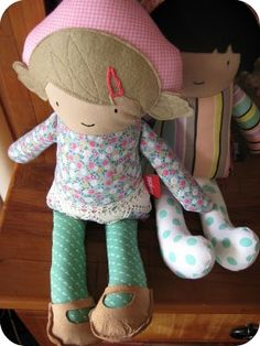 dee-construction custom-made dolls, adorable!