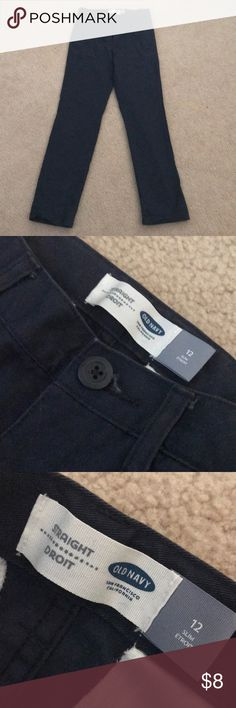 Old Navy Straight 12 Slim Uniform Pants Boys These are Navy uniform pants from Old Navy in a boys size 12 Slim and straight fit. They are in great condition and were worn maybe once. Perfect for these upcoming colder months! Feel free to bundle for a discount or offer! Old Navy Bottoms Formal