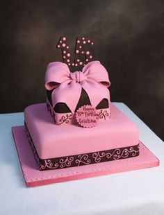 Quinces & Sweet 16s Archives - Edda's Cake Designs