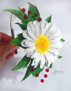 White daisy headband White green crown Bridal hair vine Flower