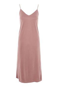09b8e8338f53 28 Best Midi Dresses   Skirts images