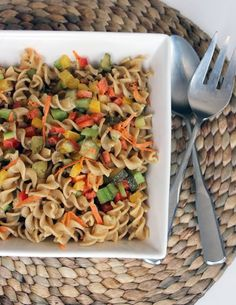 Pin for Later: 45 Lunches All Under 400 Calories and Perfect For Taking to Work Vegan Pasta Salad