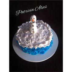 Mini bolo frozen . Contato inbox.