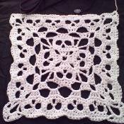 PDF Creepy Granny Skull Infinity Square Crochet Pattern spidermambo USD October 16 2015 at Crochet Skull Patterns, Granny Square Crochet Pattern, Crochet Blocks, Crochet Squares, Crochet Granny, Crochet Motif, Crochet Stitches, Knitting Patterns, Granny Square Häkelanleitung
