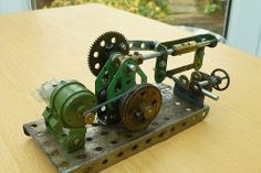 """""""Weathered """"Power hacksaw model in Meccano 