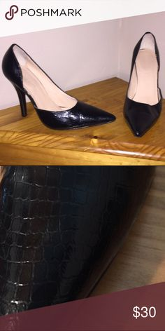 Colin Stuart Heels Colin Stuart Heels - only worn two times, EUC Colin Stuart Shoes Heels