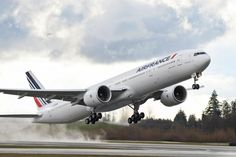 Boeing 777 | Do you also like design & architecture? Follow transreformas.com boards on pinterest.com/transreformas/