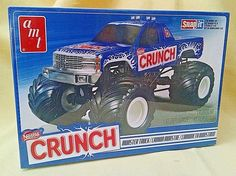 NESTLE CRUNCH MONSTER TRUCK MODEL AMT NEW 2014 CHEVY AMT911L/12 1:32 SNAP IT  #AMT