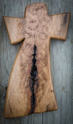 Custom made oak cross that takes advantage of the natural character of the wood for a striking appearance.