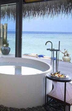 Circular bath