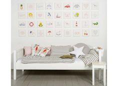 Bilder für das Kinderzimmer auf Leinwand gedruckt und auf Keilrahmen aufgezogen. kleines Bild: € 39,90  H.20 x B.20 cm Motive: Flugzeug, Fliegenpilz,Segelschiff,Löwe,...