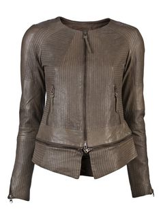 yes. RIBBED LEATHER JACKET