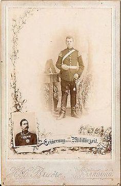 CAB photo Garde Soldat mit Pickelhaube und Busch - Saarburg um 1900