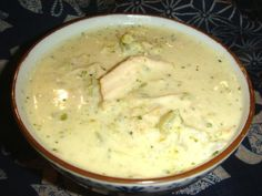 What to do with leftover turkey on Friday? Try this warm, creamy, cheesy broccoli soup. Perfect for leftover roast chicken or turkey. Cheesy Broccoli Soup, Cream Of Broccoli Soup, Cream Soup, Cream Of Chicken Soup, Hungarian Recipes, Hungarian Food, Leftover Turkey, Roast Chicken, Shredded Chicken