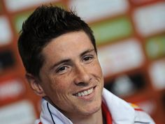 Fernando Torres Photos Photos - Fernando Torres of Spain smiles during a press conference on June 19, 2010 in Potchefstroom, South Africa. - Spain Press Conference