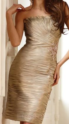 Amazing Sheath / Column Strapless Knee-length Taffeta Appliques Gold Cocktail Dresses - $126.99 - Trendget.com