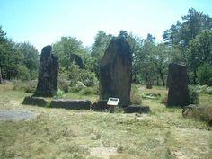 Menhires. Humanos Monteneuf piedras Morbihan
