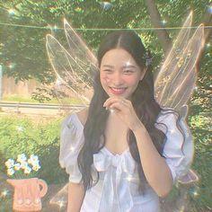 Kpop Aesthetic, Aesthetic Girl, Kpop Girl Groups, Kpop Girls, Icons Girls, Kim Jisoo, Forest Fairy, Oui Oui, Cute Icons