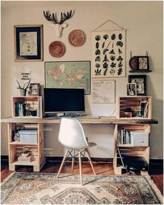cool Cozy Desk Decor Ideas For The Ultimate Work Space Home Office Space, Home Office Design, Home Office Decor, House Design, Office Desk, Rustic Office Decor, Vintage Office Decor, Cozy Home Office, Apartment Office