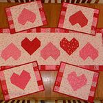 10 Free Valentine's Day Table Runner Tutorials - Join me for crafts, sewing, and recipes!