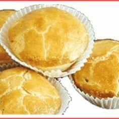 Receita de Receita de Empadinha Especial - Massa - 600 gr de farinha de trigo, 3 unidades de gema de ovo, 50 ml de Água, 1 colher (café) de sal, 300 gr de m...