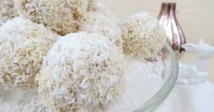 Ein feines Rezept für lecker-cremige Schneebälle   Kokostorten Cake Balls   Foodblog rehlein backt