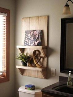Cute shelf made from #pallets ...love this