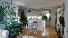 Skupina - Vianoce Christmas Tree, Holiday Decor, Home Decor, Teal Christmas Tree, Decoration Home, Room Decor, Xmas Trees, Christmas Trees, Home Interior Design