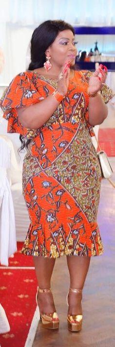 Beautiful Ankara Styles for the Plus size Ladies Short Ankara Dresses, Ankara Gown Styles, African Print Dresses, African Print Fashion, Africa Fashion, African Dress, African Wedding Attire, African Attire, African Wear