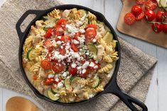 One-Pot Greek Chicken Rotini Recipe Chicken Rotini Recipe, Chicken Recipes, Chicken Pasta, Kraft Recipes, One Pot Dishes, Pasta Dishes, Campbells Soup Recipes, Spiral Pasta, Cream Of Celery Soup