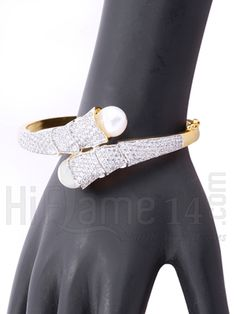 Designer CZ Stone Pearl Kada rent in india. Designer CZ Stone Pearl Kada affordable price at Indias best rental and shopping Site - www.HiFlame14.com