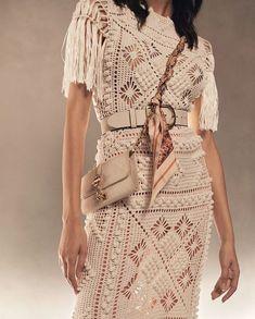 Knitwear Fashion, Knit Fashion, Mode Crochet, Knitting Designs, Handmade Clothes, Crochet Clothes, Women's Fashion Dresses, Chic Outfits, Knit Dress