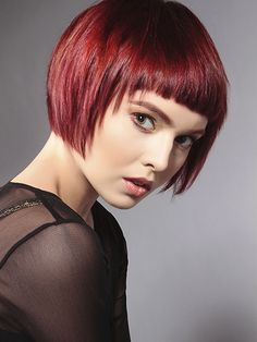 Weave Hairstyles and hairstyles videos Short Bob Hairstyles, Weave Hairstyles, Cool Hairstyles, Medium Hair Styles, Short Hair Styles, Sophisticated Hairstyles, Corte Bob, Corte Y Color, Hair Today