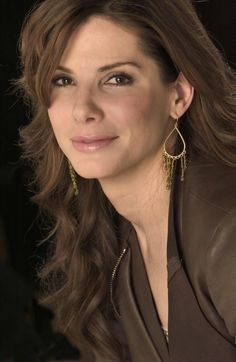 Sandra Bullock- She is so incredibly gorgeous, oh my god...<3