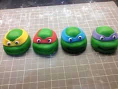 How to make a Teenage Mutant Ninja Turtles cake - making the turtle heads from fondant / sugar paste - instructions.