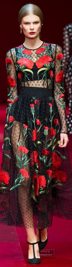 Needs a lining but I love it! Dolce & Gabbana.Spring 2015.