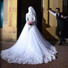 #hijab #weddinghijab #weddingphotography #weddingdress #weddingphotographer #bridalgown #bride