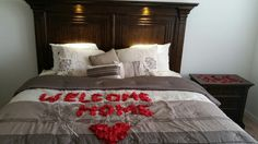 Welcome home! Welcome Home Surprise, Welcome Back Home, Welcome Home Daddy, Welcome Home Parties, Welcome Home Gifts, Welcome Home Boyfriend, Welcome Home Signs For Military, Welcome Home Soldier, Deployment Party