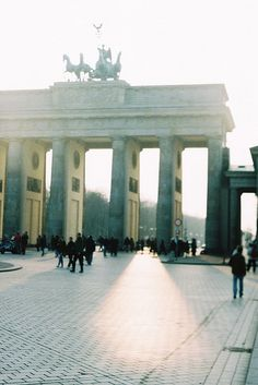 #berlin #germany #brandenburggate #light