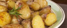 Mustárral sült újkrumpli – Önmagában és köretnek is tökéletes - Receptek | Sóbors Pretzel Bites, Potatoes, Bread, Vegetables, Food, Potato, Brot, Essen, Vegetable Recipes
