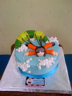 Paratrooper cake--->100% handmade...