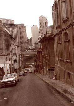 Rua Jandaia (as casas do lado direito da foto não existem mais) Vale Do Anhangabaú, Concorde, Old Pictures, Historical Photos, Vintage Photos, Past, Solar, Old Things, Street View